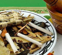 Chinese herbal medicine heals colitis.